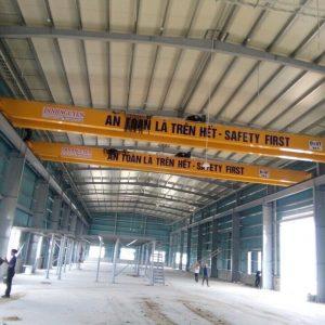 Cầu trục dầm đôi 5 tấn, khẩu độ 20m.